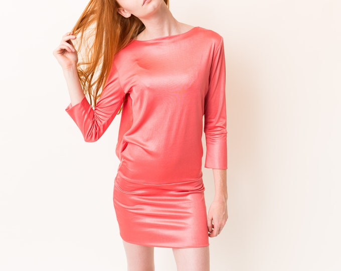 Vintage Pink Dress with Gold Chain Accent - Coral Coloured Party Dress with Open Back - Backless Dress