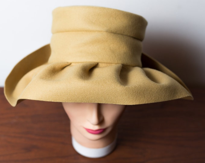 Vintage FeltHat - Women's Ladies Beige Tan Camel Colored Hat with Bow Accent Upturned back and Downturned Brim