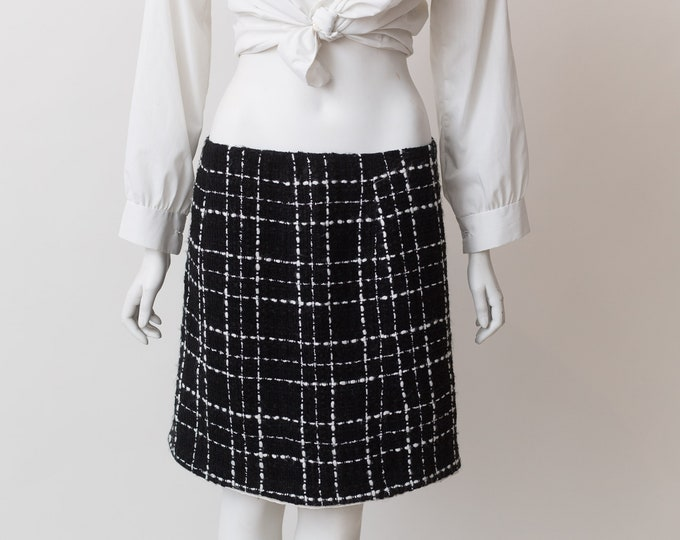 Vintage Black Skirt - Formal Office White Checkered Skirt -  Spring or Summer Stripe Colour Simple Short Skirt