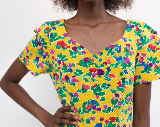 Vintage Yellow Summer Dress - Small Scoop Neck Short Sleeve Floral Dress -Waffle Texture Dress