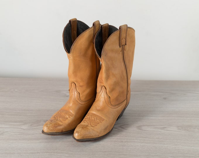 Vintage Cowboy Boots - Ladies Size 6.5 Tan Brown Leather Western Ranch Boots - Slip on Alamo Boots
