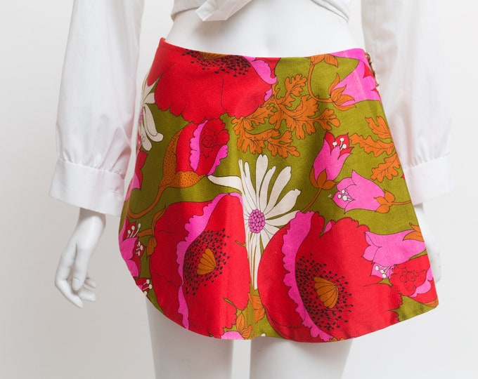 "Vintage Floral Skirt - 28"" High Short Cut Spring Summer Red Skirt with White Floral pattern and Button Waist"