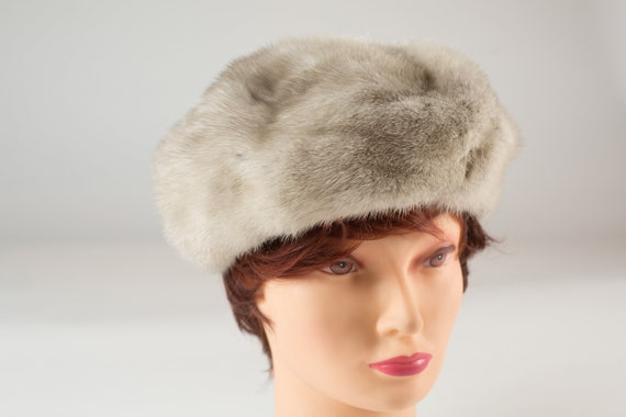 Vintage Ladies Fur Hat - 1960's Canadian Fur Women