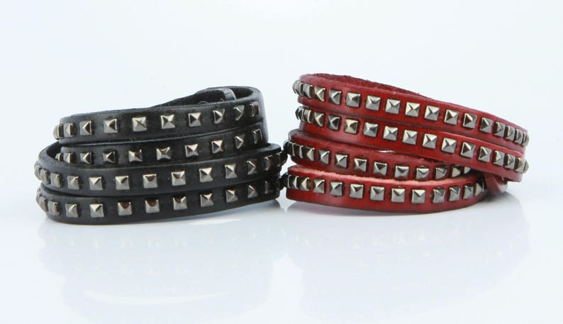 B029 Women and Men Snap adjustable Closure Metal Pyramid Studs Double wrap leather studded Bracelet