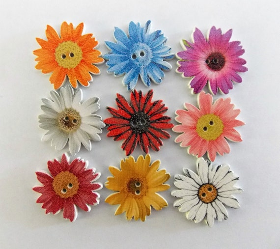 PRETTY PETALS BUTTONS Spring Flowers Daisy Scrapbooking Sewing Card Making