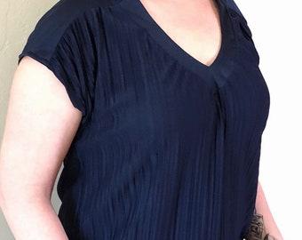 feminine 40s navy blue vintage blouse - SZ 12/14/16/18