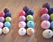 10 x Coloured Natural Wooden Beads Round Craft Projects