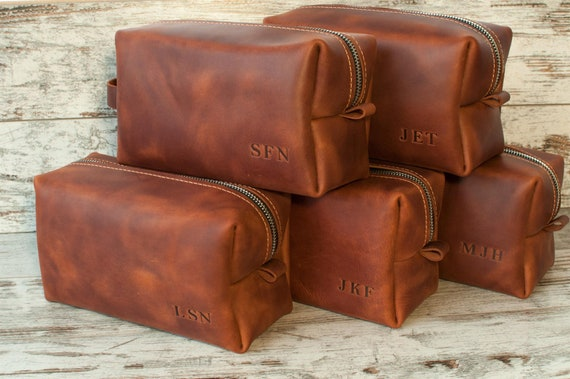Groomsmen Gift SET OF 8 Personalized leather mens toiletry bag  acabc2961d2eb