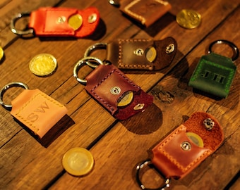 leather keychain, Leather key fob, Personalized keychain, Aldi quarter keeper, 3rd anniversary gift, Coin holder keychain, Birthday gift