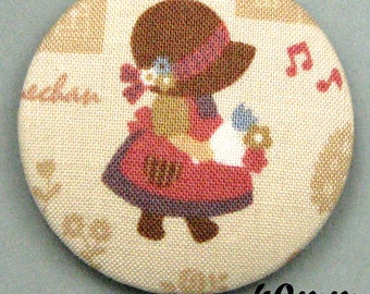 Sunbonnet Sue (40-04) - Sunbonnet - fabric covered button