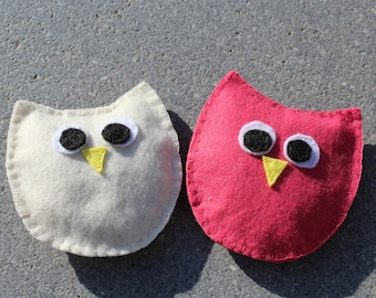 Loving owl hand warmer filled with cherry seeds