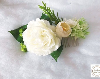 Beautiful white vintage boho floral flower Peony Rose bridal hair comb with gypso, rosemary and Rose leaf wedding hair accessory comb
