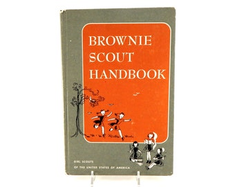 Vintage Brownie Scout Handbook | First Impression 1959 - Eighteenth Impression 1959 | Girl Scouts Of The United States Of America |