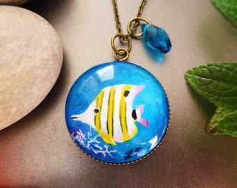 """Butterfly fish"" pendant necklace paint cabochon, cute, coral, tropical islands, bronze metal"