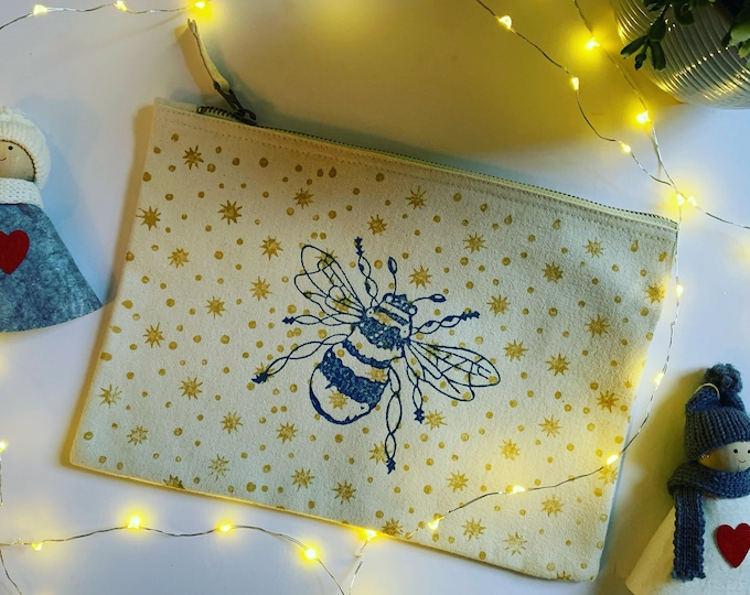 Star Bee Make Up Bag