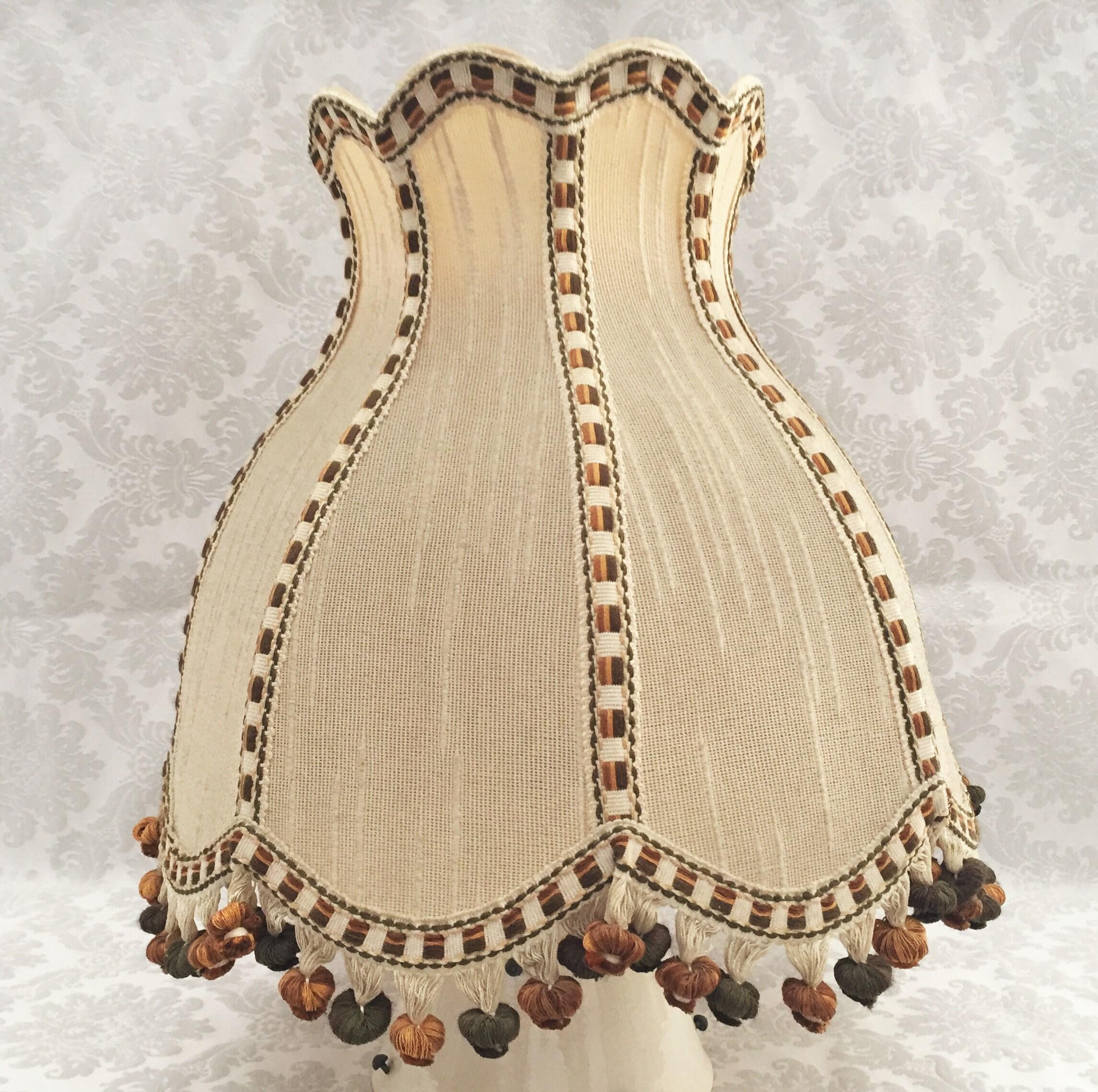 Abat Jour Tulipe Tissu art dèco chapeau abat jour tulipe ancien broderie laine modèle à glands  vintage retro