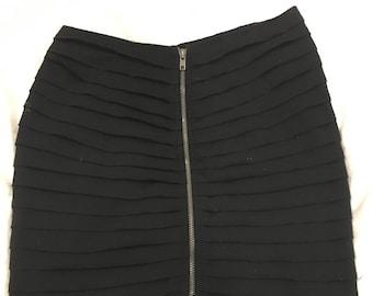 80s inspired zippered mini black cotton miniskirt