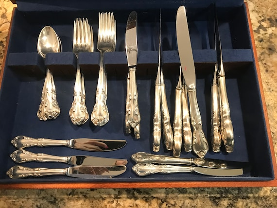 EASTERLING AMERICAN CLASSIC STERLING SILVER SALAD FORK VERY GOOD CONDITION