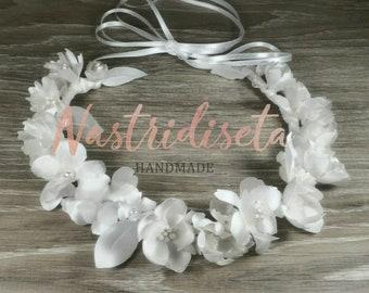 Coroncina di fiori in seta realizzati a mano per prima comunione 8b33cb35c47d