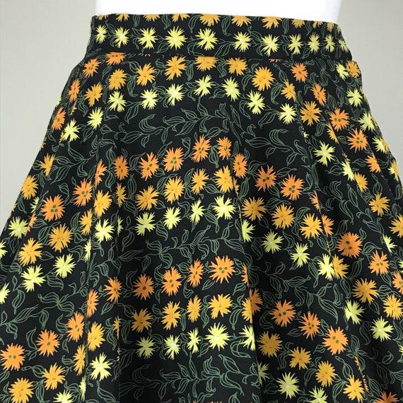 Vintage 50s Marigolds Novelty Print Circle Skirt - image 2
