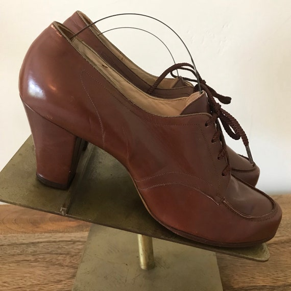ec81bffe Vintage 30s Womens Brown Leather Lace Up Oxford Heels
