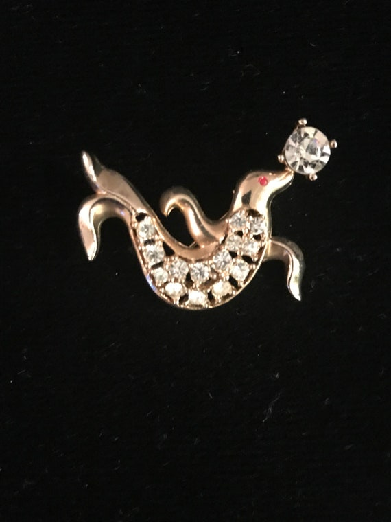 Vintage 50s Novelty Trained Circus Seal Brooch - image 2