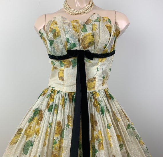 Stunning Vintage 50s Strapless Yellow Rose Print D
