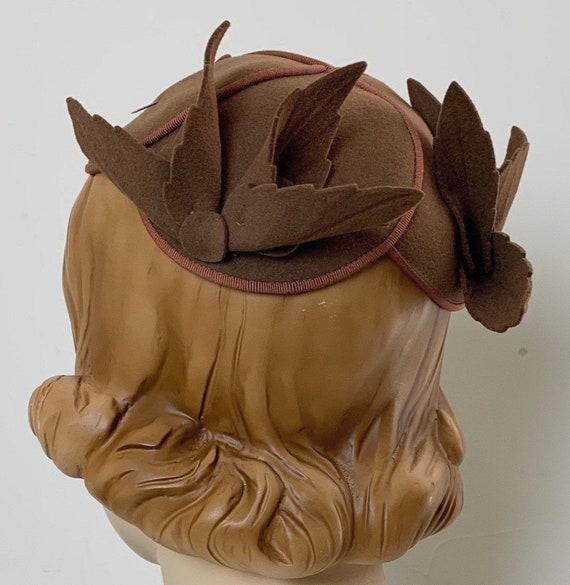 Vintage 30s Brown Cloche Hat Skull Cap - image 1