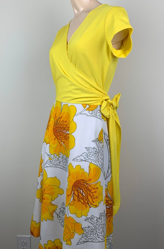 Vintage 70s Alfred Shaheen Yellow Wrap Dress - image 5