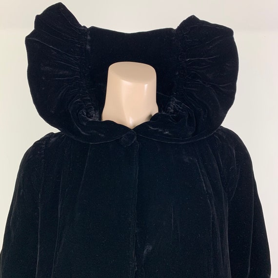 Vintage 30s Black Silk Velvet Coat