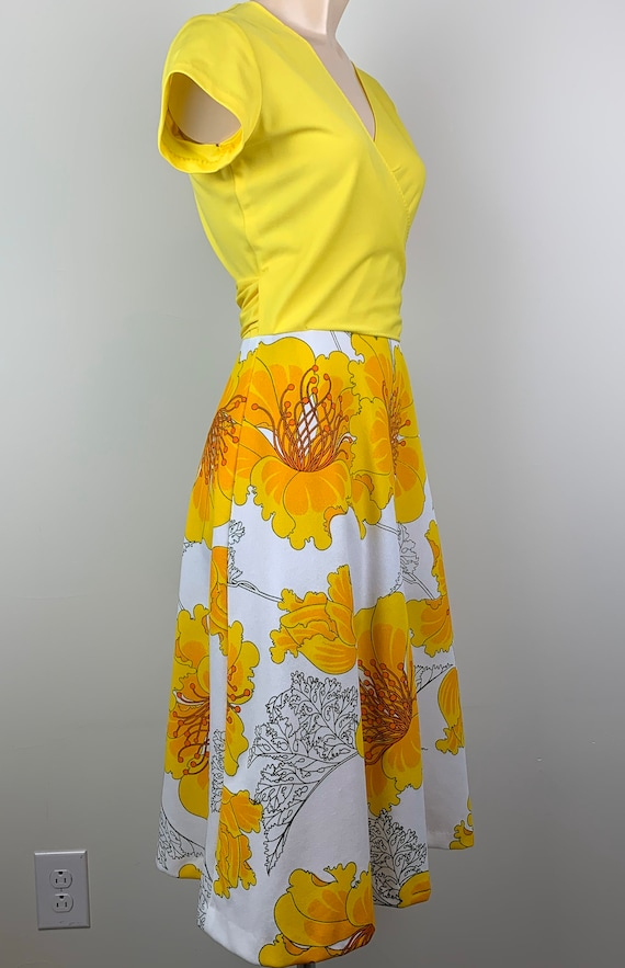 Vintage 70s Alfred Shaheen Yellow Wrap Dress - image 4