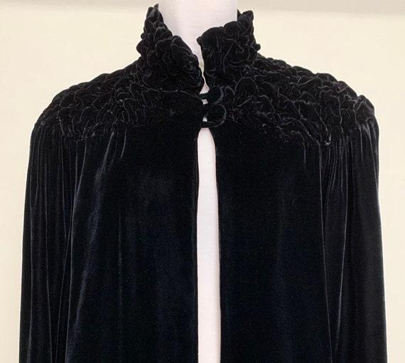 Spectacular Vintage 30s Black Wide Sleeve Silk Vel