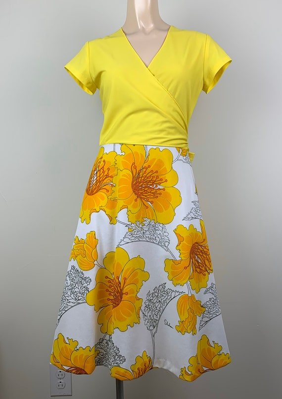 Vintage 70s Alfred Shaheen Yellow Wrap Dress - image 3