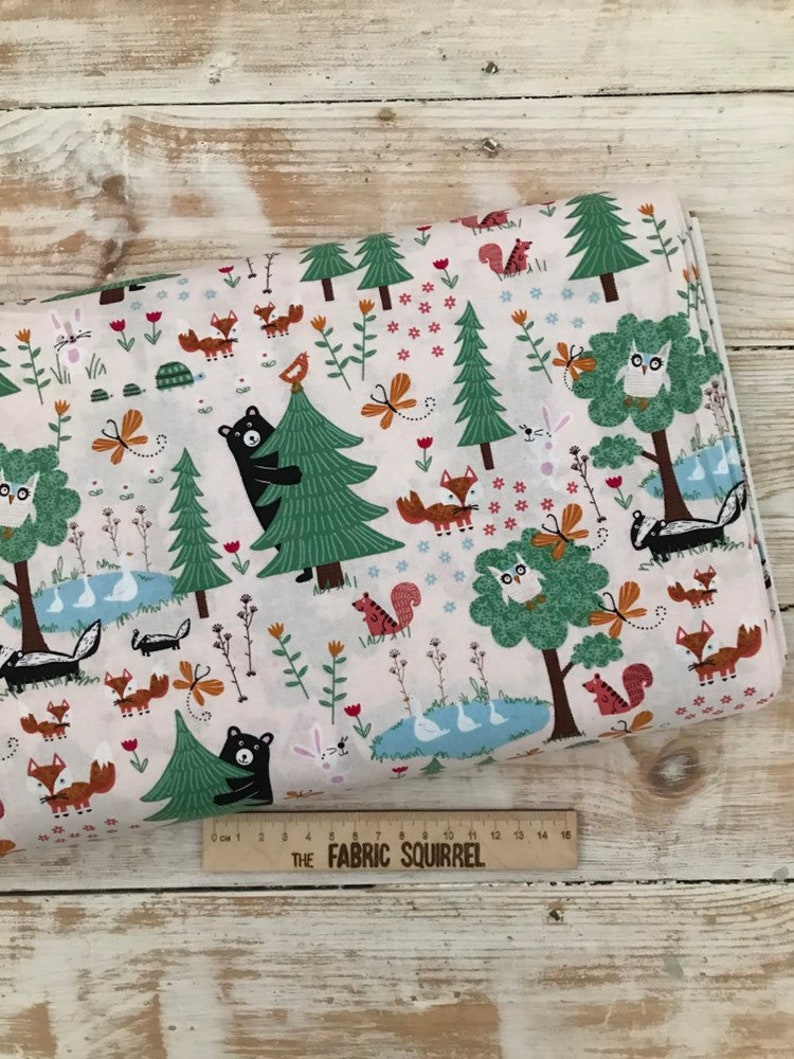 Fat Quarter Spx woodland Critter Collection Leaf Pattern Cotton Quilting Fabric