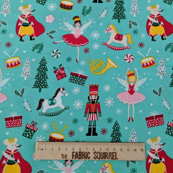 Blue Nutcracker Christmas Craft Fabric Themed Patchwork fabric 100/% Cotton 112cm