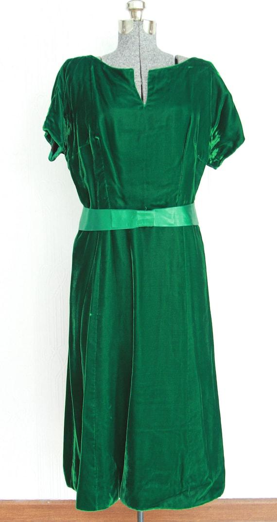 30's green velvet dress size 10