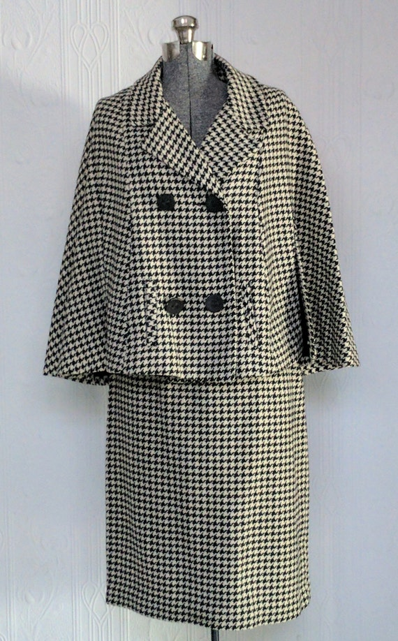 60's Houndstooth cape suit small/medium