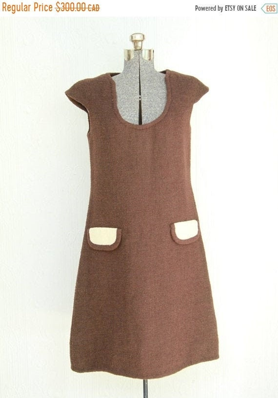 Fall sale - 60's 70's 1969 BH Wragge wool dress me