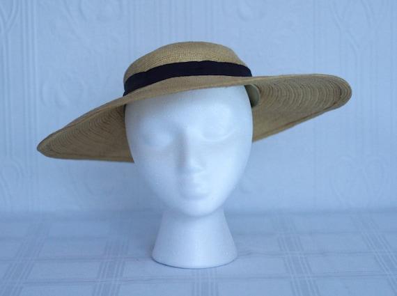 30's straw hat