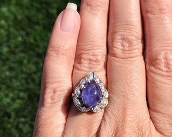 Vintage 14k White & Yellow Gold Amethyst Cabochon with Diamond Halo Ring - Size US 5.75