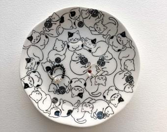 Ring Dish Cat in Black Pottery Trinket Dish