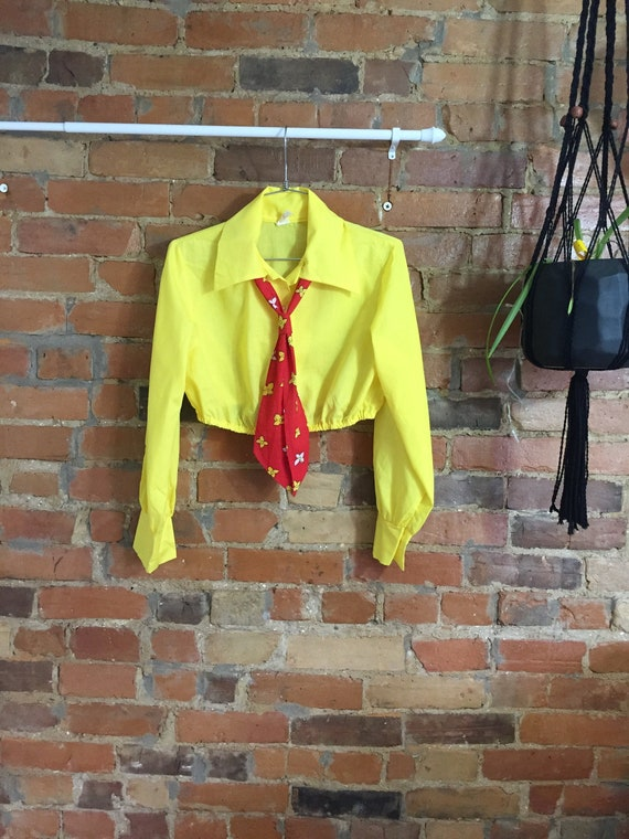 Sunshine Collared Crop Blouse with Red Secretary T