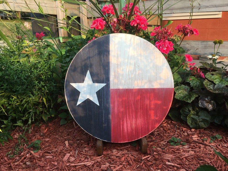 Wooden Texas Flag Wall Art Round Wood Sign Wooden Flags Reclaimed Wood Flag Signs Texas Wall Decor Texas Gifts