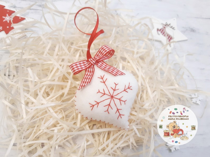 baby/'s first christmas ornament Red christmas ornaments felt christmas tree ornament red Christmas decor