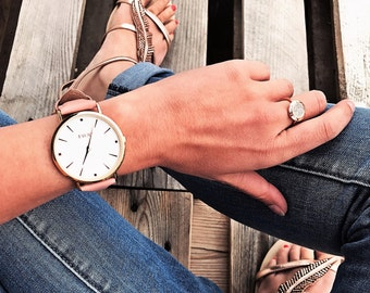 Modern Rose Gold Watch with Peach Leather Strap + additional Nylon Strap in Pink-Blue-White colour