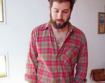 90's Grunge Flannel Men's Red Green Plaid Shirt, Flannel Button Up Shirt, M-L Plaid Lumberjack Soft Flannel shirt