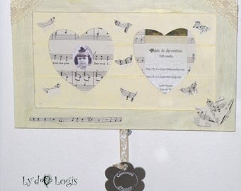 Sweet vanilla 'Duet of hearts' frame