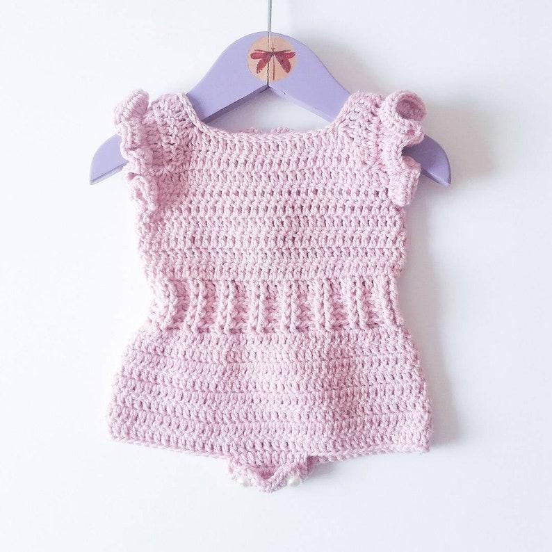 b2ec799c995b38 Ranita para bebé niña con mangas de fantasia peto de bebé