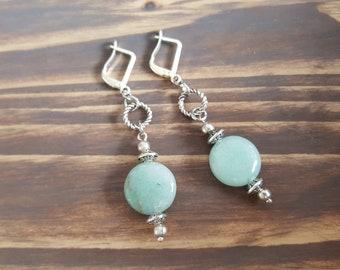 Aventurine Earrings. Silver Gemstone Earrings. Aventurine Drop Earrings. Silver Dangle Earrings. Dainty Earrings. Gemstone Jewelry.