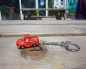 Morris Minor Pick Up Key Ring